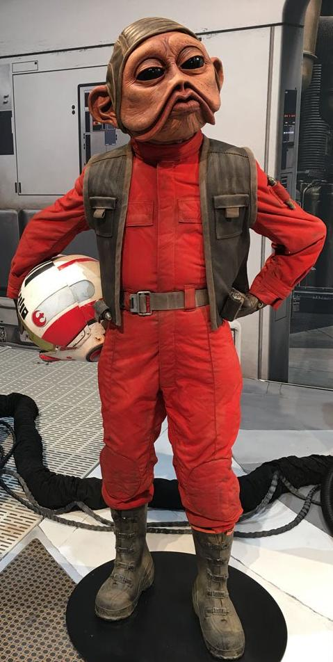 Lieutenant Commander Nien Nunb (Sullustan Pilot) (as of Rise of Skywalker)
